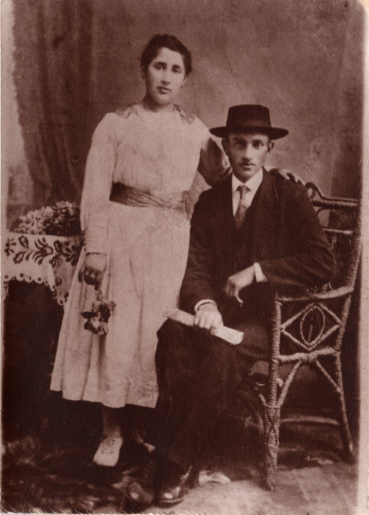 Paeral (mother) and Joseph (father) wedding, 1919